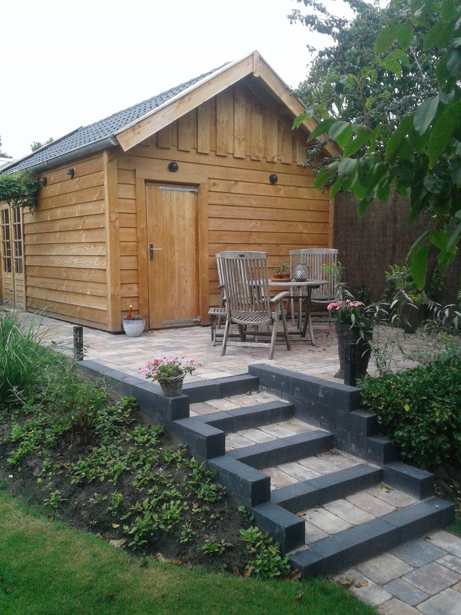 Tuinaanleg en houtbouw omgeving Emmen